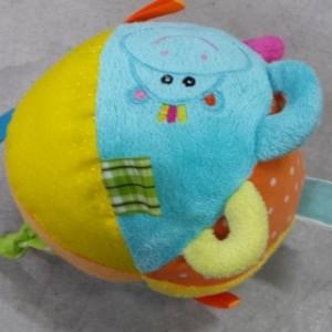 כדור תגיות מבד צבעוני
