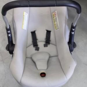 כסא play -1