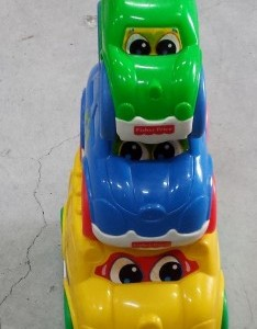 מגדל מכוניות פישר פרייס טניה