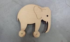פיל על גלגלים