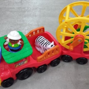 m-h-Fisher-Price Little People Zoo Talkers Animal Sounds Zoo Train