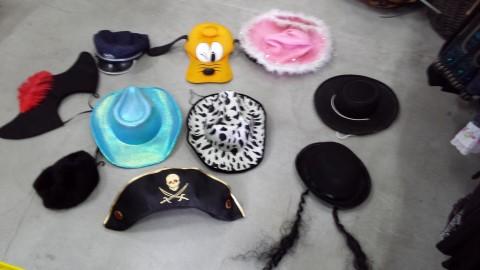 תחפושות כובעים
